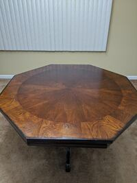 Table/Poker Table