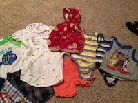 baby's assorted-color clothes lot Niles, 44446