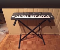 Keyboard piano and stand  Vaughan, L6A 2H1