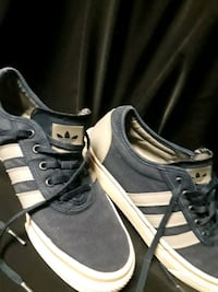 pair of black-and-white Adidas sneakers Bakersfield, 93304