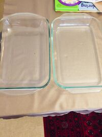 Two clear glass dishes