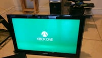"32"" Samsung True Flat and Xbox one Pembroke Pines"