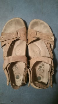 Earth origins shoes size 8 Cookeville