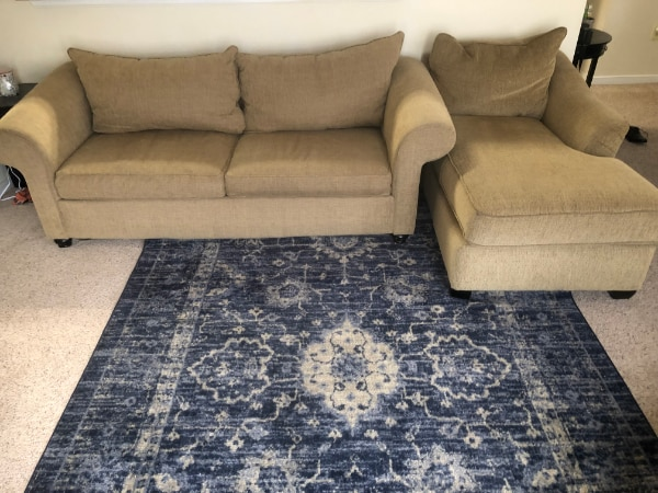 Couch Set in GREAT Condition 33d7f44e-8f75-4563-94ba-7fc14adc7c91