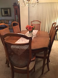 Traditional Real Wood Dining Table with 6 Chairs and matching Buffet Orlando, 32819