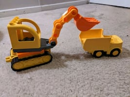 Lego Duplo Excavater and Dump Truck With Mini Figures