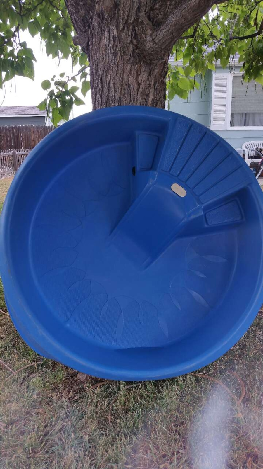 Little tikes hard plastic pool with slide 40 obo in for Plastic swimming pool garden