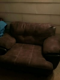 a two-seater lounge chair Tuscaloosa