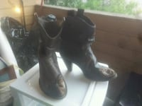 pair of brown leather cowboy boot style size 8 Edmonton, T5H 2Z8