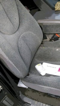 Truck seats Grinnell, 50112