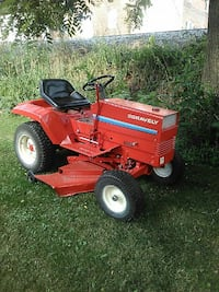 red Gravely ride-on mower 43 km