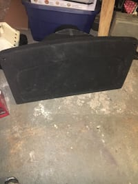 Mk4 golf cargo cover 20$! need gone ASAP need the room