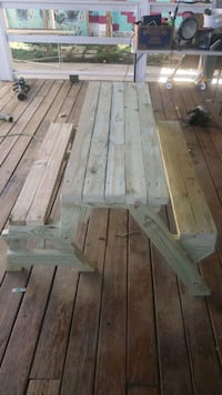 Bench/picnic table combo