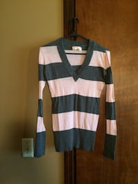 Aero Sweater Size Small Cookeville, 38501