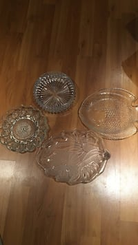 3 glass serving platters and 1 decorative bowl Brampton, L6V 2H4
