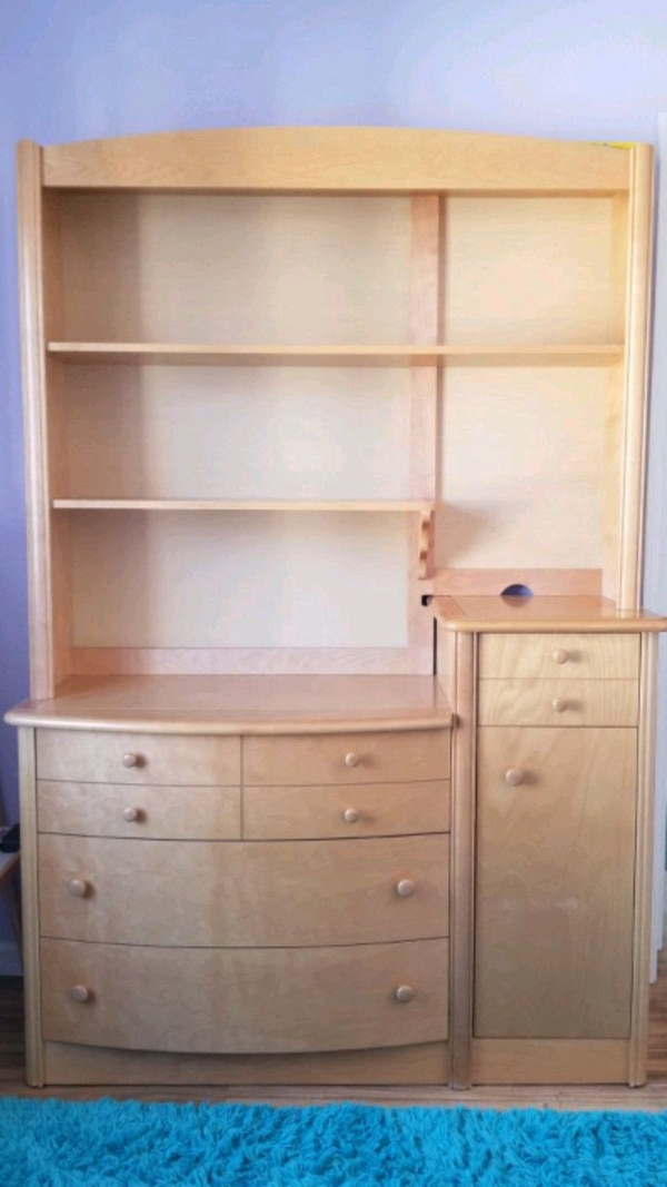 Changing Table With Drawers And Hutch