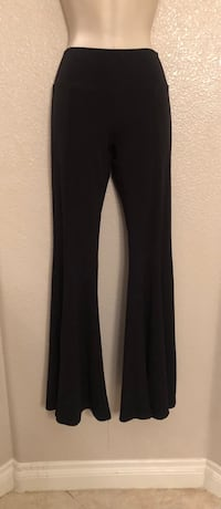 Stretchy like new Ecco Mi flare legging/pants. Sz S Las Vegas, 89135