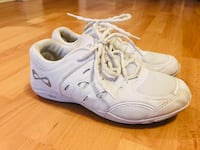 White Cheerleader Shoes, size 8