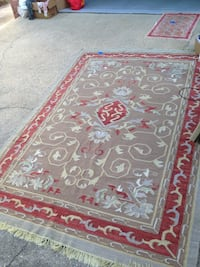 Rug in good condition  Pensacola, 32503