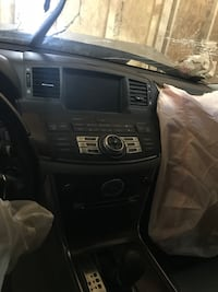 Black and gray car stereo Infiniti M35 08 Silver Spring, 20902
