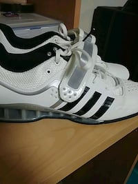 white-and-black Adidas low-top sneakers Hamilton, L9B 1V9