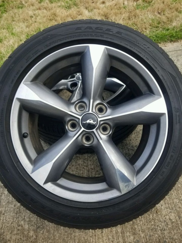 4 Ford Mustang Wheels And Tires