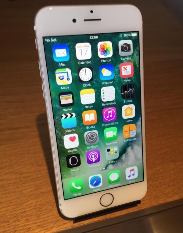 iPhone 6 Gold ~ Unlocked ~ Mint Condition