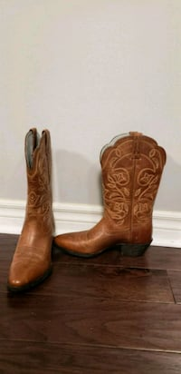 Cowgirl boots Size 7 (excellent condition) Toronto, M2M 1R3