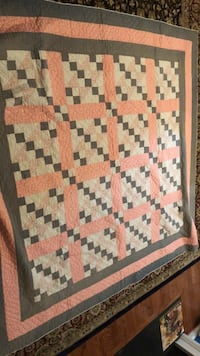 Quilt Mount Airy, 21771
