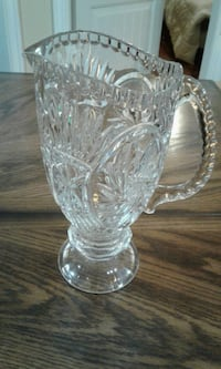 PINWHEEL CRYSTAL PITCHER