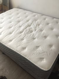 White and gray floral mattress Culver City, 90232