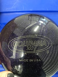Columbia White Dot 300 purple BOWLING BALL Chevy Chase, 20815