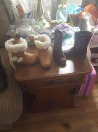 Boots girls size 8 York, 17406