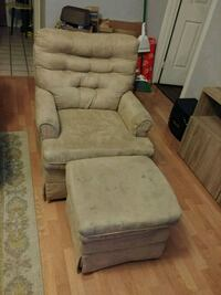 Babies R Us recliner and ottoman Salida, 95368