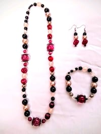 Handmade beaded necklace with matching bracelet an Corvallis, 97330
