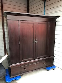 Beautiful dark wood armoire / tv stand / entertainment center 1218 mi