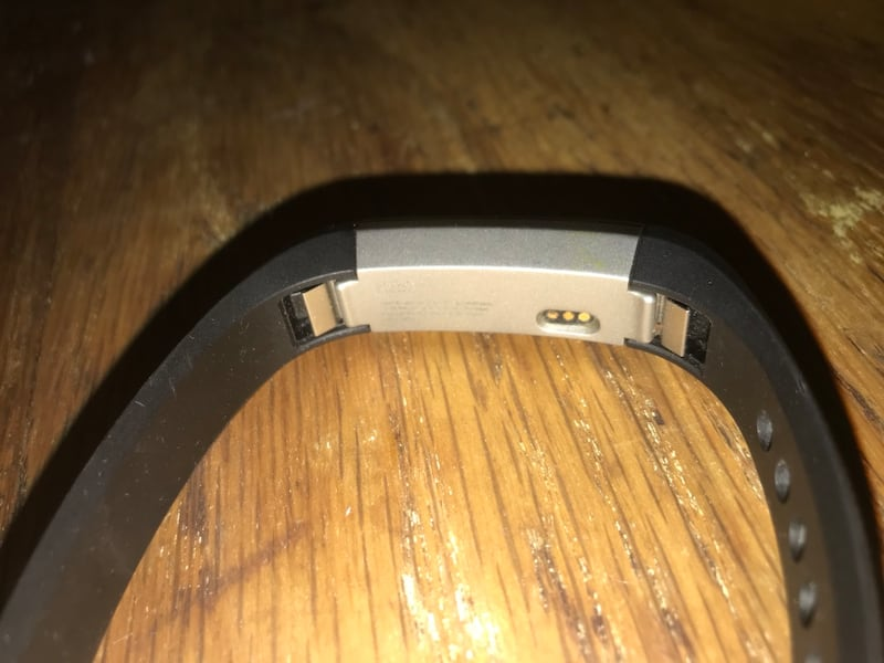 FitBit Alta (Bluetooth) 3