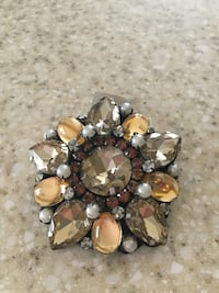 Beautiful autumn colored Broach brand new tag still on great great buy Lincoln, 95648