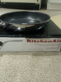 Black kitchen aid frying pan Brampton, L6T 3M6