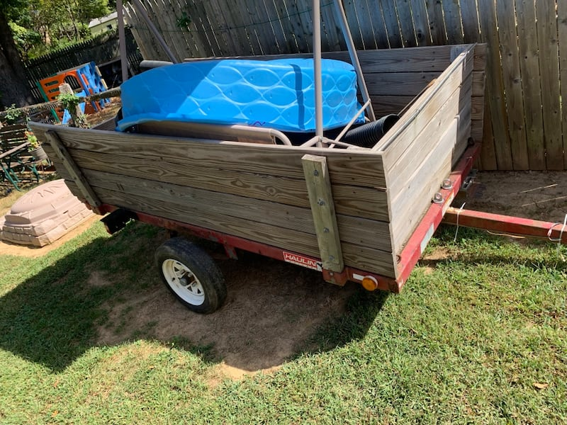 Hauling trailer with clean title in hand 87cfc2fb-4cb3-4bec-9776-c8adc689b311