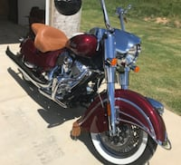 2018 Indian Chief Classic w/tons of accessories CABOT