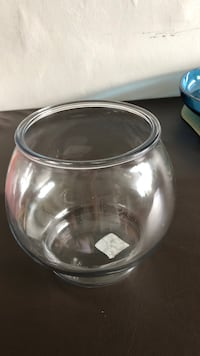 clear glass bowl with lid Toronto, M3M