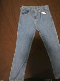 34/34 Levi's jeans worn once price is negotiable Brampton