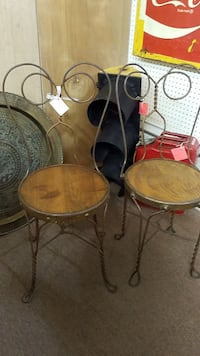 Set of Two ice Cream Parlor Chairs Mesa