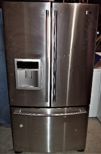LG STAINLESS STEEL FRIDGE FOR SALE! Toronto