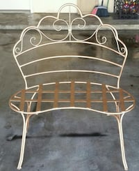 Wrought iron chair in very good condition  Houston, 77084