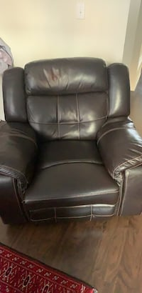 black leather padded rolling chair Markham, L6E
