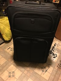 black soft-shell luggage San Bernardino, 92405