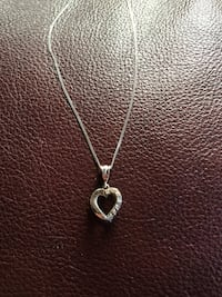 14k White gold chain and heart shaped pendant with diamonds Caledon, L7E