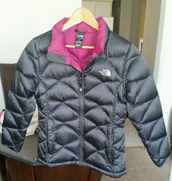 2c85a0b66 Used North face Girls XL down jacket for sale in New York - letgo